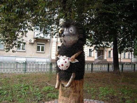 Описание памятника ежику в тумане в Киеве