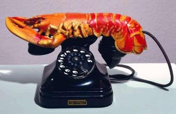 Описание картины Сальвадора Дали «Телефон Омар»